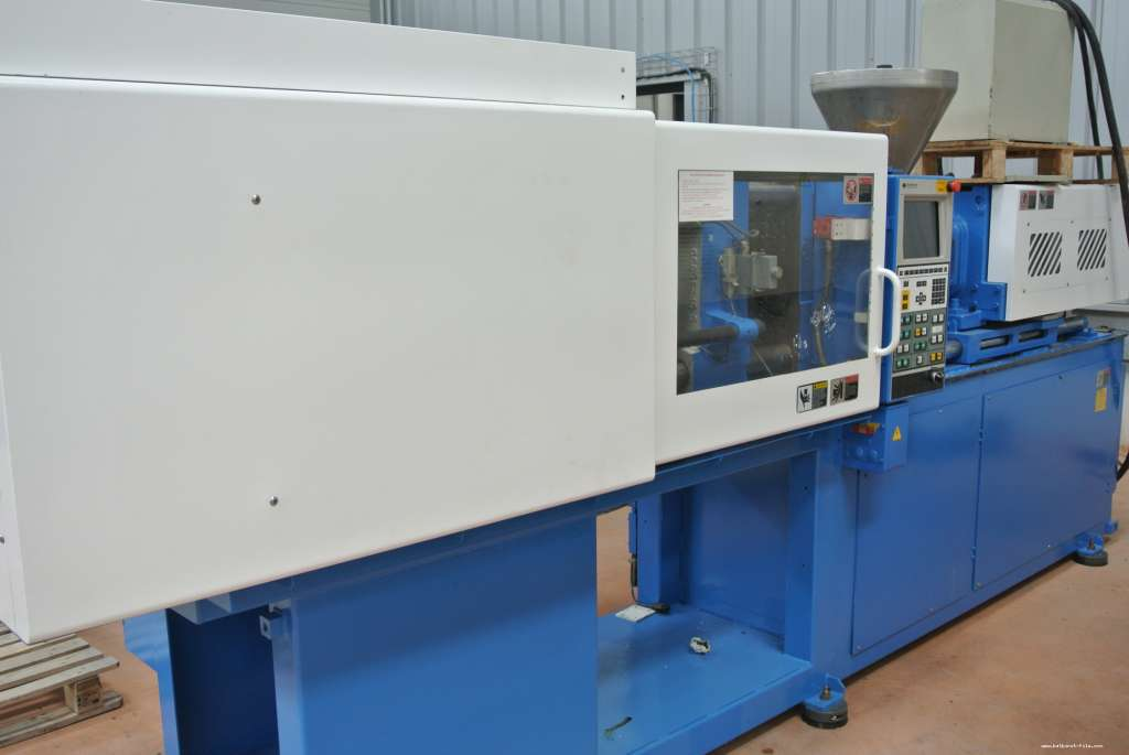 PRESSE A INJECTER SUMITOMO